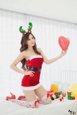 [포토] `D컵 볼륨` 오하루, 아찔 산타 인증