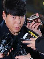 '음주뺑소니' 강정호, 기소의견으로 검찰 송치