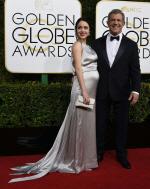 '골든글로브' 멜 깁슨, 임신한 34세 연하 여자친구와 함께 등장