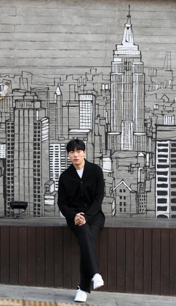[포토]류준열, '카리스마 도시남'