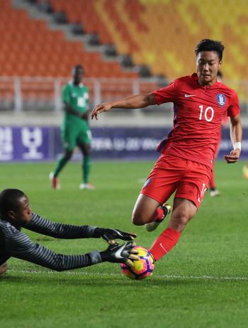 '포르투갈 전훈' U-20 대표팀, 첫 평가전 5-0 대승