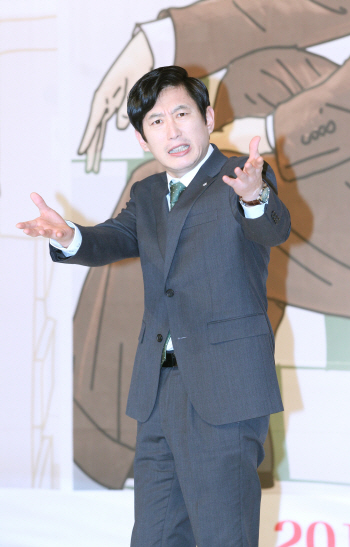 [포토]배우 김원해, '짜쯩나니까 그만찍어!'