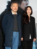 """'김민희 사랑해' 말한 홍상수 """"법에 저촉 안 되면""""…관객은 어떻게 볼까(종합)"""