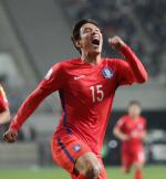 홍정호, 전반 4분 만에 선제골...한국, 시리아에 1-0 리드