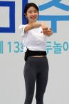 [포토] '머슬퀸' 김지민, 장애우와 함께하는 스트레칭 교실