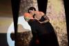 [포토] 모니카 벨루치, `칸 영화제`서 화끈한 키스 퍼포먼스