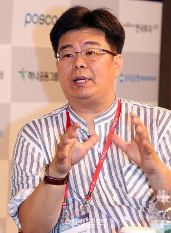 """정재승 """"'알쓸신잡' 처음엔 거절… 학자도 소통해야죠""""(인터뷰)"""