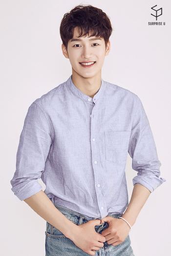 [서프라이즈U 인터뷰]③지건우, 햄버거CF 속 그 훈남
