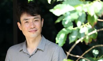 """류승완 감독 """"독과점 논란, '군함도' 끝으로 제도적 장치 마련돼야"""""""