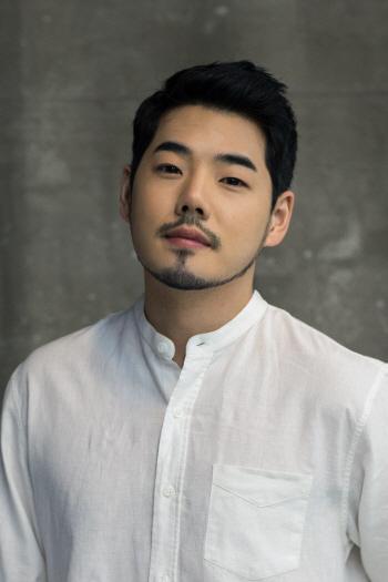 '수상한 가수' 4연승 최정환 가수 그만 둔다고 수없이 생각
