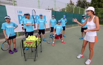 [포토]전 국가대표 테니스 선수 전미라, '원 포인트 테니스 레슨'