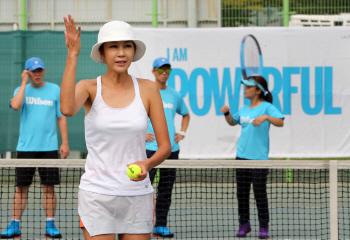 [포토]전미라와 함께 하는 '원 포인트 테니스 레슨'