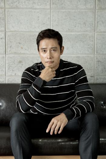 """이병헌 """"'남한산성', 말이 칼보다 날카로운 영화""""(인터뷰①)"""