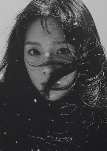 태연 겨울 앨범, 10개 지역 아이튠즈 종합 앨범차트 1위