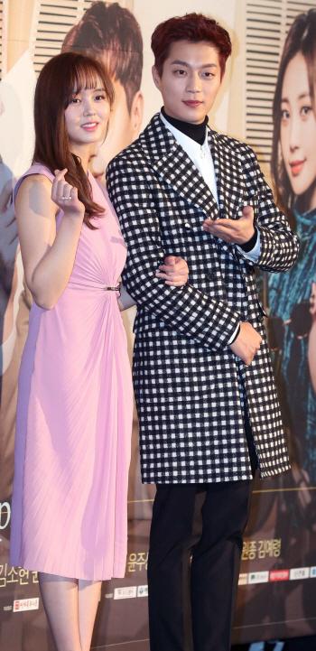 [포토]김소현-윤두준 '라디오 로맨스, 두 주인공'