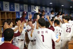 '1회에만 5득점' 넥센, SK 무너뜨리고 3위 도약 희망