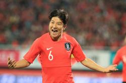'박주호-황인범 연속골' 한국, 파나마에 2-1 리드...전반전 마감