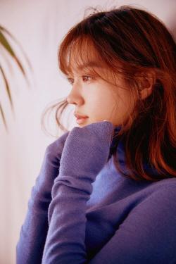 배우 김희정, 준플레이오프 4차전 시구 나선다