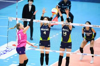 여자배구 현대건설, 정규시즌 팀 최다 14연패 불명예