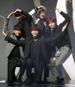 """B1A4 측 """"진영·바로 제외, 5인→3인 체제로"""""""