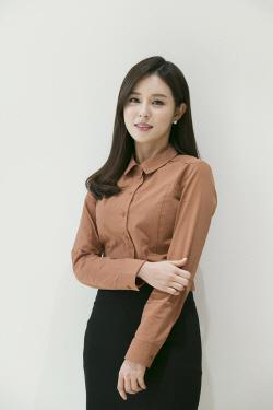 """JTBC """"조수애 아나운서, 사의 표명…결혼은 사생활""""(공식입장)"""