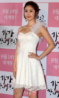 개그우먼 출신 성은채, 중국 부동산 사업가와 '3개국 결혼식'