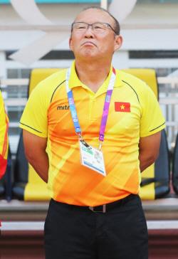 박항서 베트남, 말레이시아 원정 2-2 무승부..유리한 고지 선점