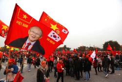 스즈키컵에서 빛난 박항서 매직, 베트남을 뒤흔들다