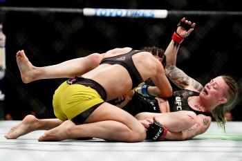 [포토] 'UFC' 아리안 립스키의 맹공