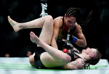 [포토] 'UFC' 레게 머리 휘날리며 펀치