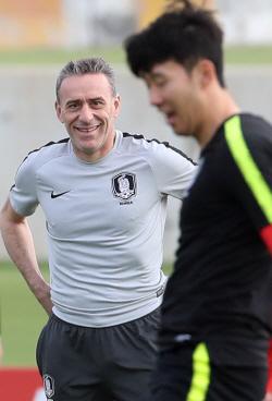 [아시안컵]벤투호, 이제 매 경기가 결승전...16강 첫 제물은 바레인