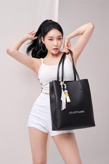 가수 청하, 티저·패션 화보