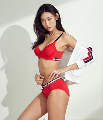 모델 한혜진, 패션화보
