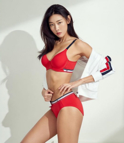 [포토]한혜진, 속옷 화보 '섹시'
