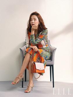 소이현, 세련된 스타일로 우아美 발산