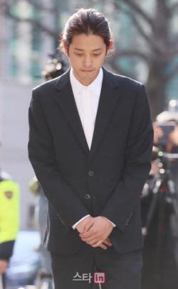 정준영 구속 수감 · '폭행 혐의' 버닝썬 이사는 영장 기각