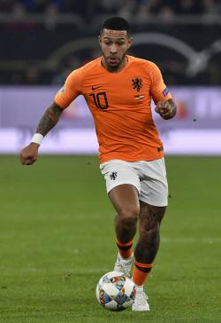 네덜란드, 벨라루스 4-0 제압…데파이 2골 2도움