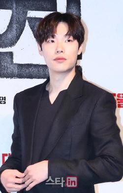 '류준열 파워' 돈, 보고 싶은 영화 1위