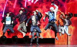 '신선한 음악+강력한 댄스' 스트레이 키즈, 2019년 포문