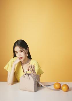 손나은, 싱그러운 여름 화보 공개