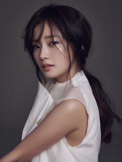 송하윤, JYP 떠나 킹콩과 전속계약…이동욱과 한솥밥