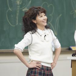 '아는 형님' 김완선, 러블리즈 케이와 '아츄' 합동 무대