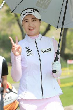 [포토] 루키 신미진 '생애 첫 우승 기대해주세요'