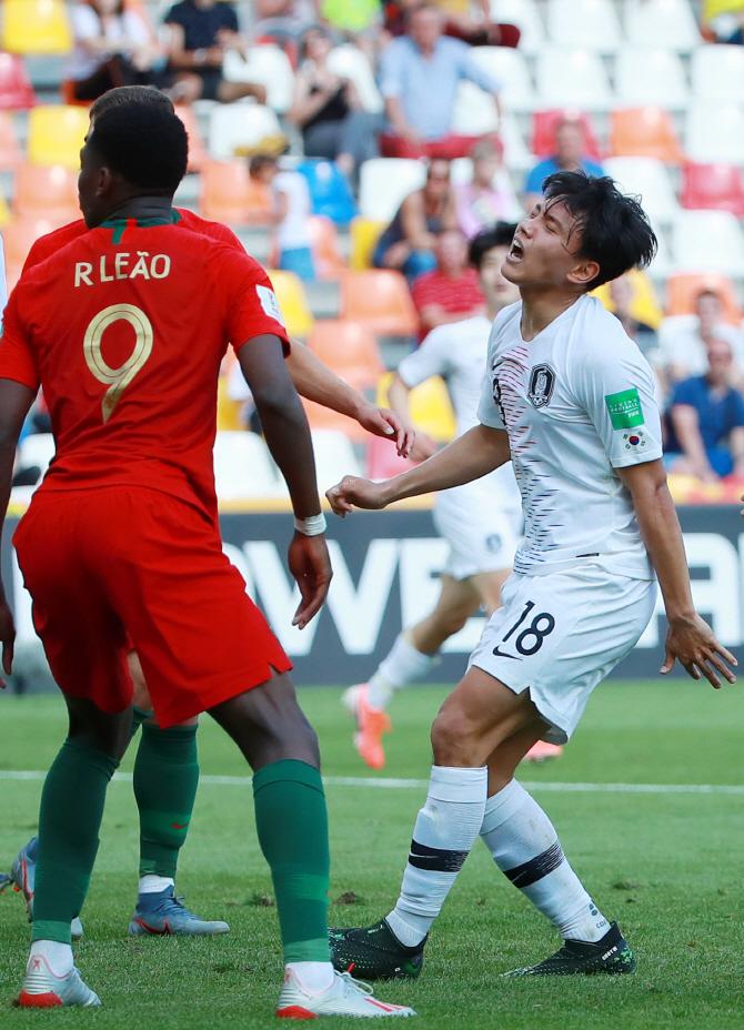 한국, 포르투갈에 0-1 석패...전반 7분 결승골 허용(종합)