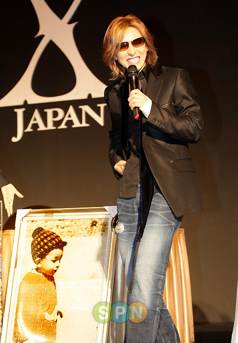 Yoshiki visit some countries, dates out and fixed! PP08091900100
