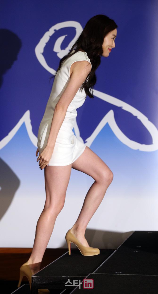 포토 박세영 치마가 너무 짧아요 | 한경닷컴