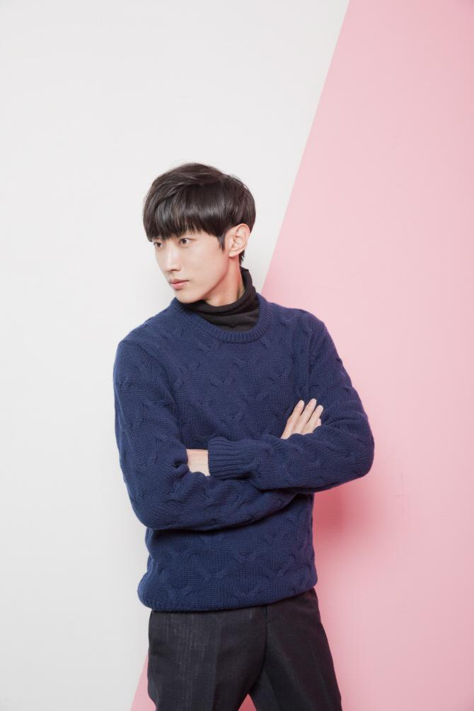 `음악도, 연기도, 사랑도 반·반` B1A4 진영의 성공철학(인터뷰)