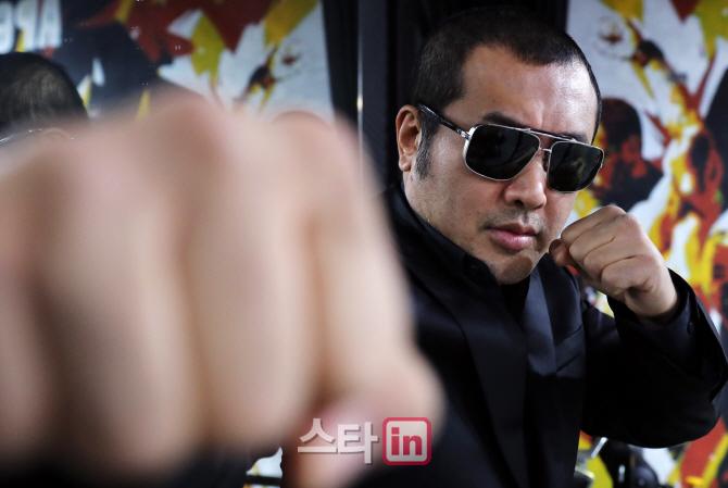 """'의리 파이터' 김보성 """"주식 빚, 다 갚았다""""(인터뷰③)"""