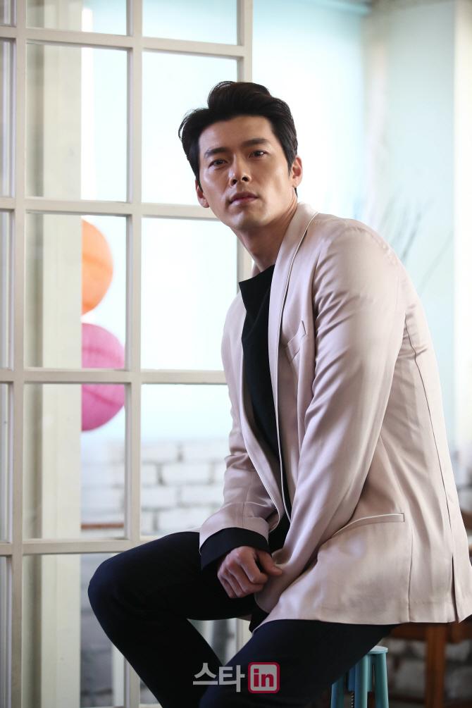 액션으로 돌아온 현빈 `해병대 출신, 액션도전에 도움`(인터뷰)