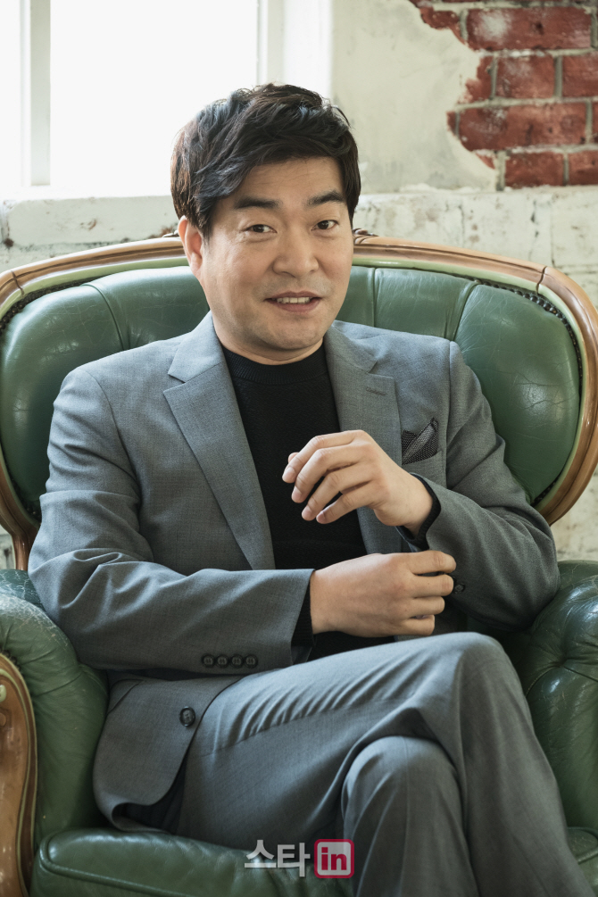 """손현주 """"'보통사람' 투자 어려움도…라미란 또 만나길""""(인터뷰)"""
